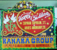 Bunga Papan Wedding makasar 1