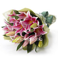 Pink_Oriental_Lilies_bouquet
